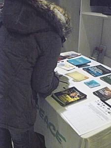Un stand d'information est également à votre disposition avec nos documentations et pétitions à signer