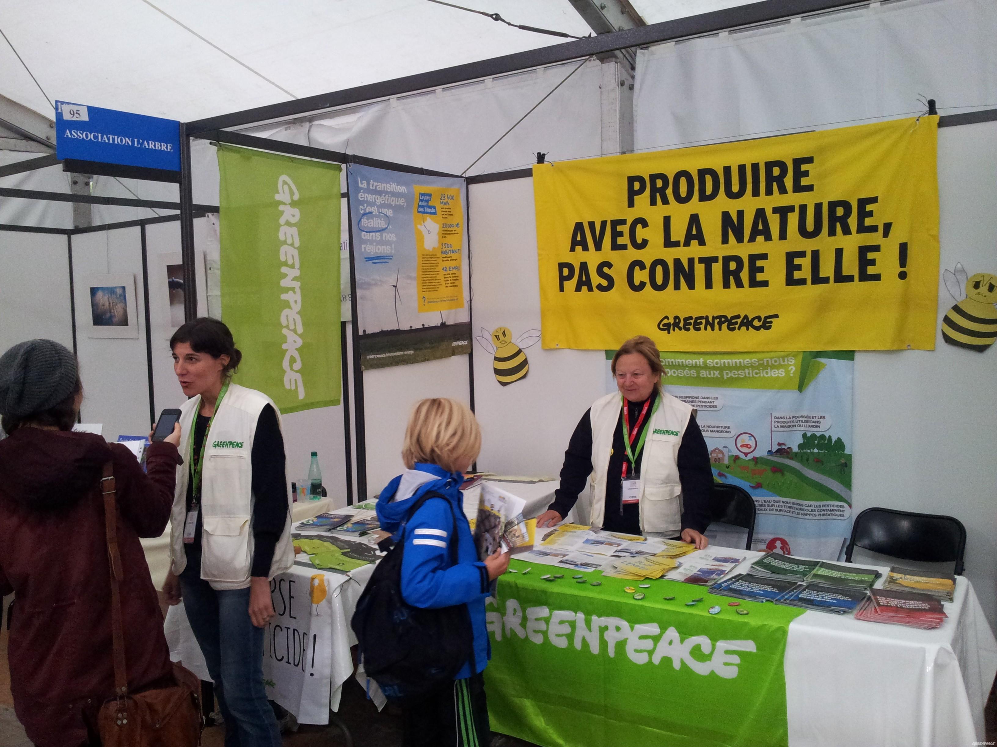 Greenpeace au festival du livre de mouans sartoux greenpeace france - Salon du livre mouans sartoux ...