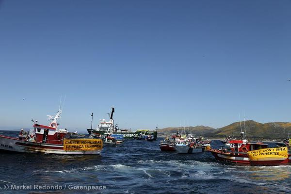 Tournée européenne de l'Arctic Sunrise en soutien aux pêcheurs artisans (Mai 2013)