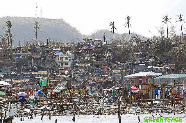 La ville de Tacloban - Philippines, après le passage du typhon Hayan - novembre 2013