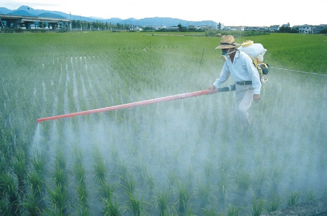 épandage pesticides