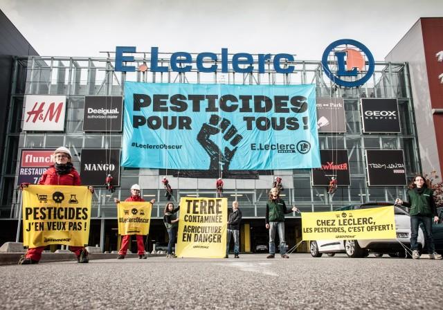 © Greenpeace / Pierre Baëlen