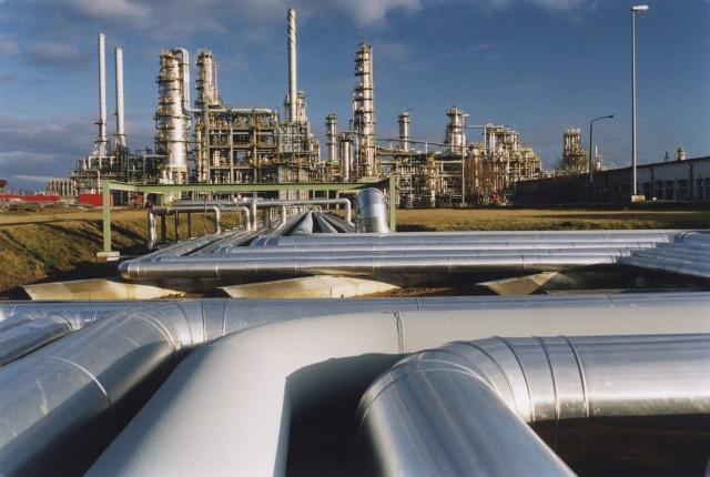 Raffinerie de pétrole, en Allemagne © Paul Langrock / Greenpeace