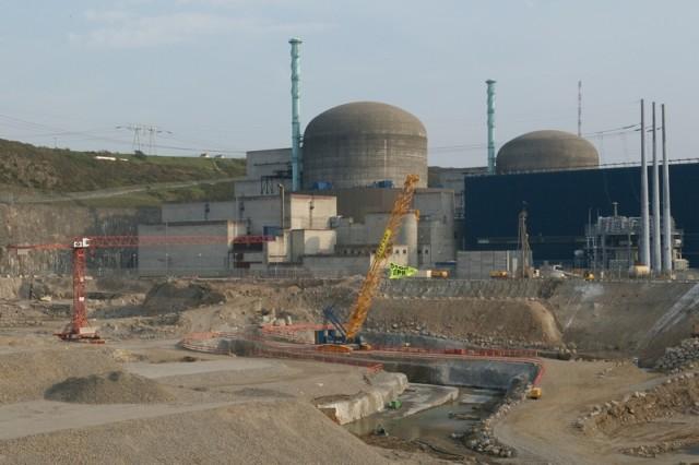 Sur le chantier de l'EPR de Flamanville, en 2004  © Greenpeace / Pierre Gleizes