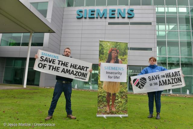 Action au siège de Siemens Australie