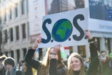Jeunesse en grève pour le climat : Greenpeace est derrière vous !