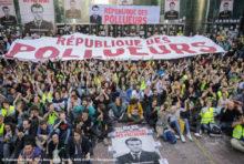 Greenpeace a bloqué la République des Pollueurs!