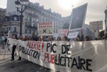Non aux écrans vidéos publicitaires dans Paris