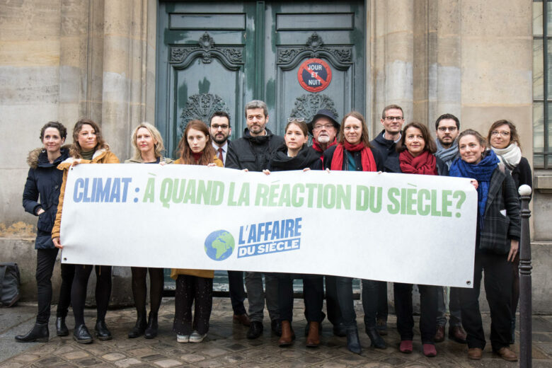 NGOs Climate Campaigners Take French Government to Court in Paris. © Elsa Palito