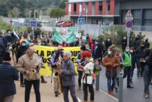 Marche contre le projet de ZAC d'Ensues la Redonne