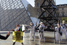 [ACTION] Total & Le Louvre, embourbés dans la mélasse